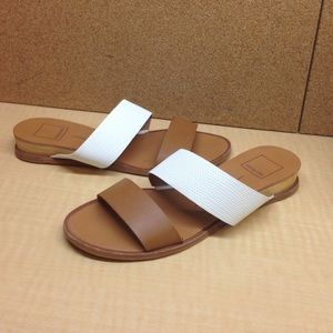 •MAKE OFFER• $110 RETAIL DOLCE VITA RARE SANDALS